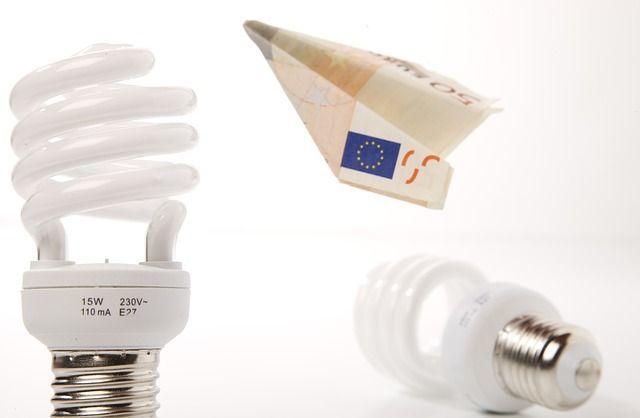 hausbautipps24 - beim neubau auf energiesparsamkeit achten!,
