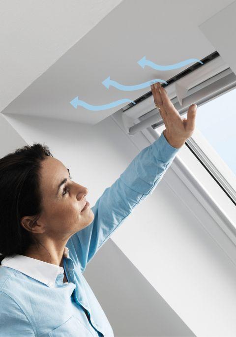 hausbautipps24 schnelle hilfe bei beschlagenen dachfenstern. Black Bedroom Furniture Sets. Home Design Ideas