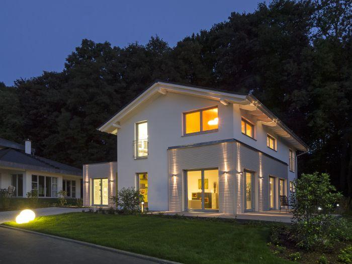 Musterhaus einfamilienhaus  Hausbautipps24 - Ein Haus, das mitdenkt, ist das neue Musterhaus ...