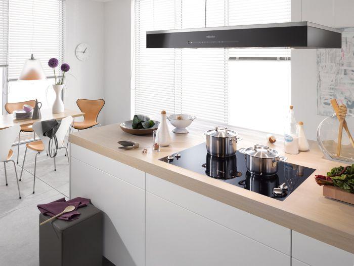 hausbautipps24 miele stellt neue insel dunstabzugshaube f r den umluftbetrieb vor. Black Bedroom Furniture Sets. Home Design Ideas