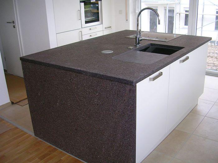 Hausbautipps24 - Materialauswahl für moderne Arbeitsplatten