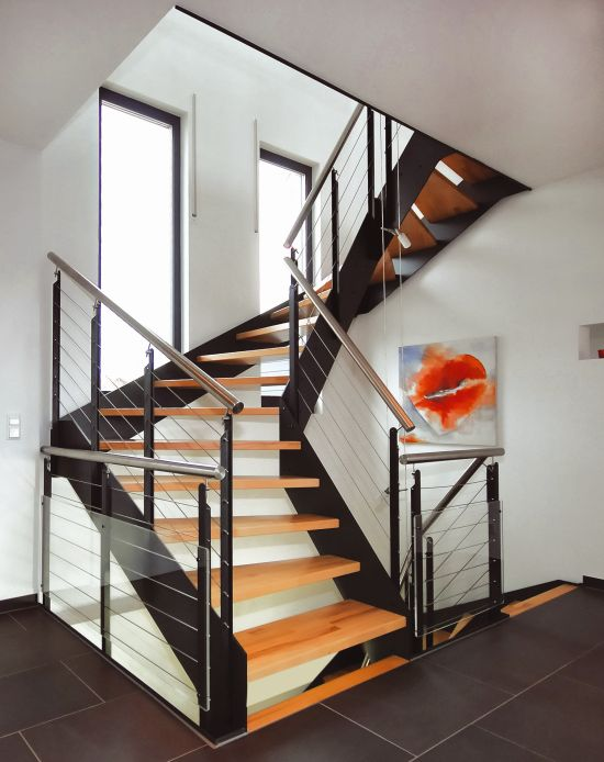 hausbautipps24 treppe mit loftcharakter. Black Bedroom Furniture Sets. Home Design Ideas