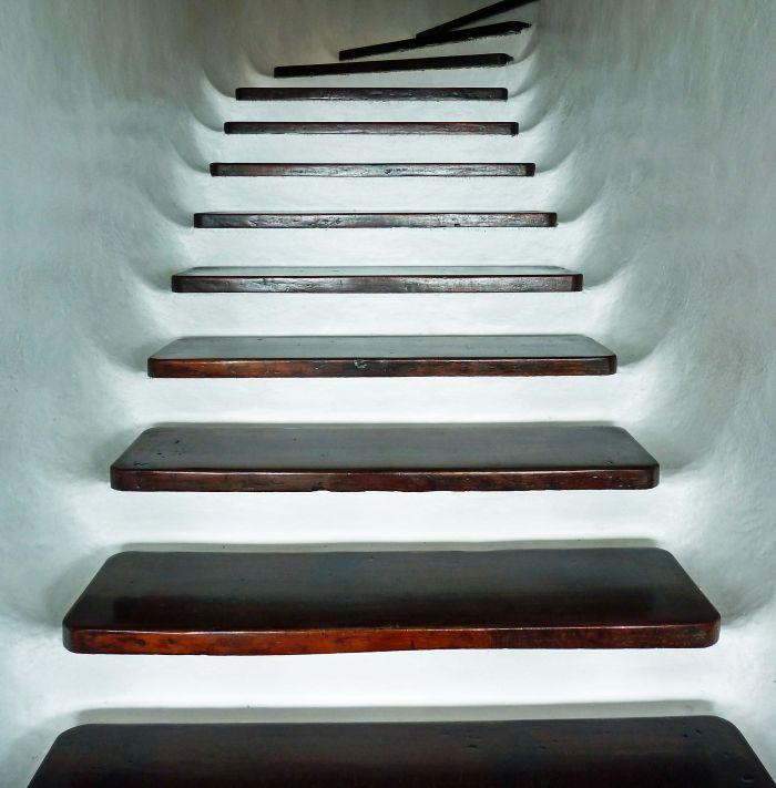 hausbautipps24 vor berlegungen zur auswahl von treppenstufen. Black Bedroom Furniture Sets. Home Design Ideas