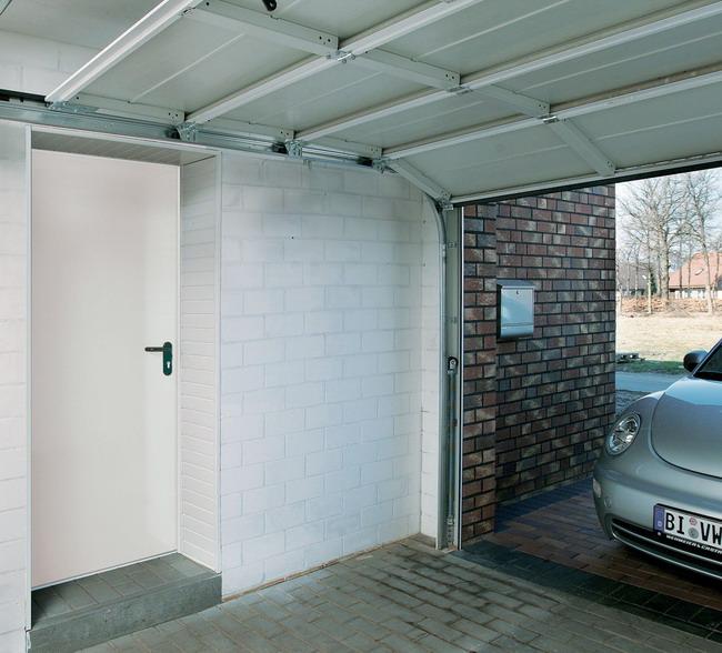 Tür Garage Haus hausbautipps24 vorsicht brandgefahr